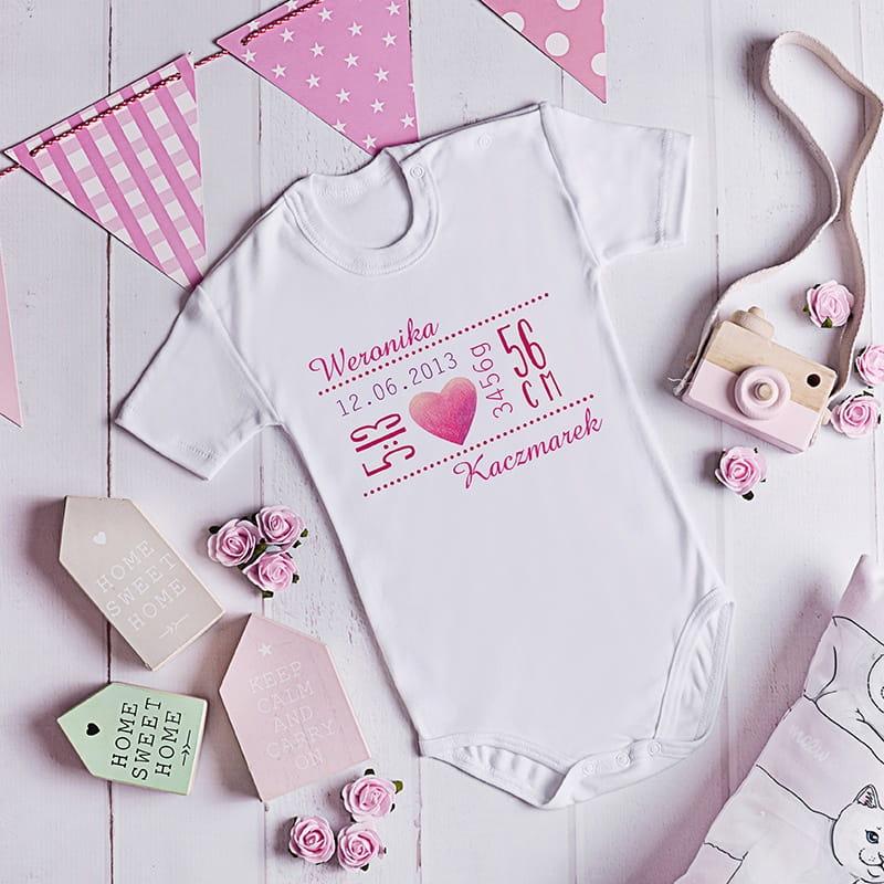 Body niemowlęce z nadrukiem jako oryginalny prezent z okazji narodzin dziecka