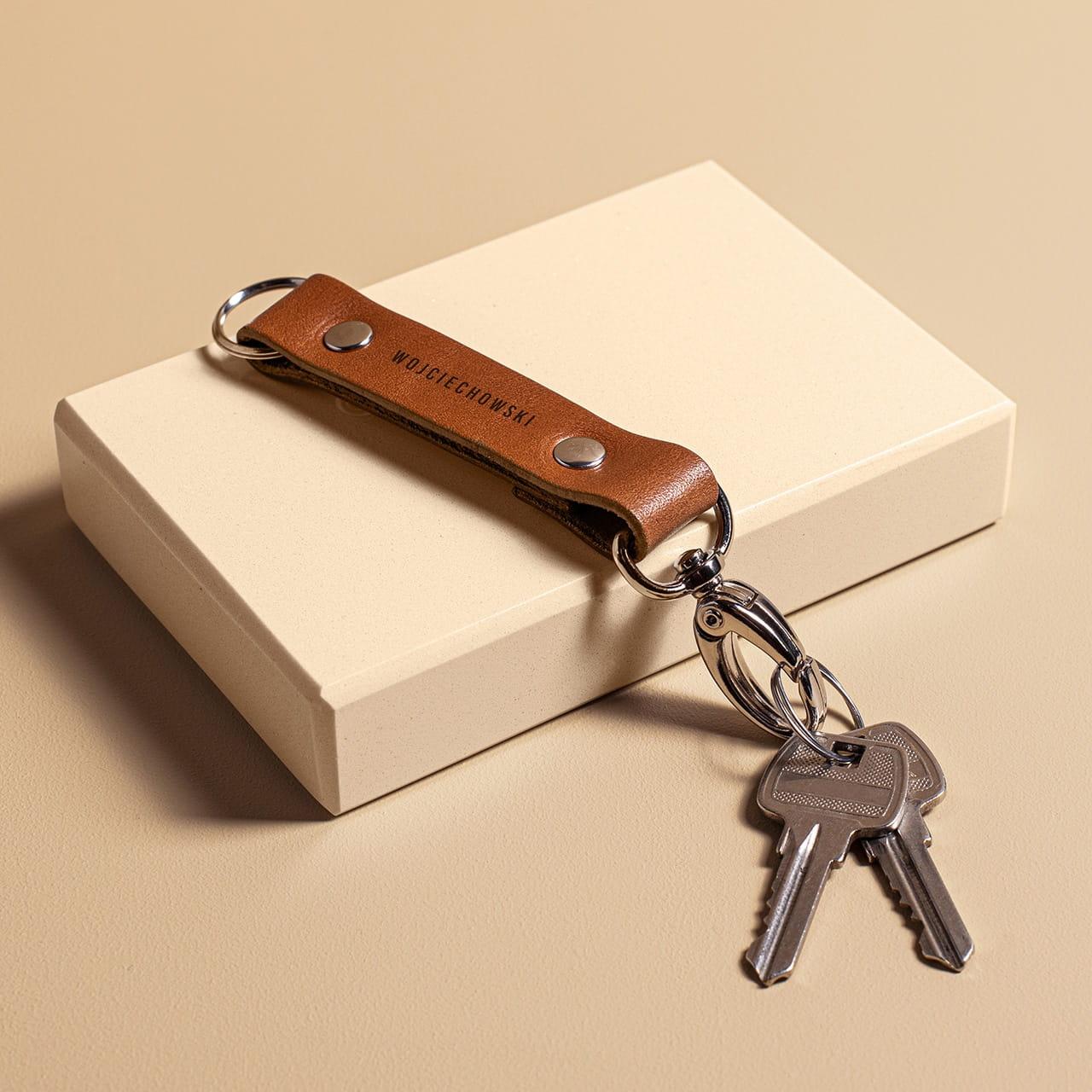 Skórzany brelok do kluczy to wyjątkowy prezent dla rodziny