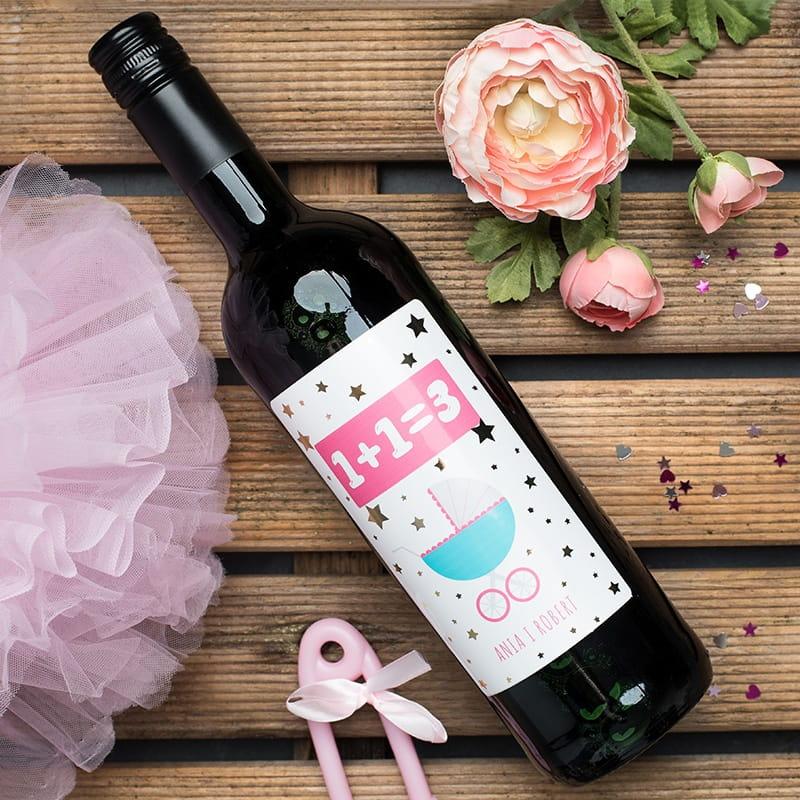 Czerwone wino bezalkoholowe na prezent dla rodziców z okazji narodzin dziecka