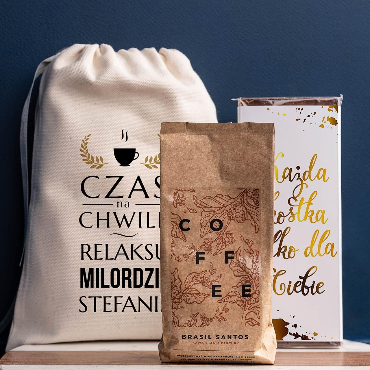 Kawa i czekolada to słodki na prezent dla kawosza