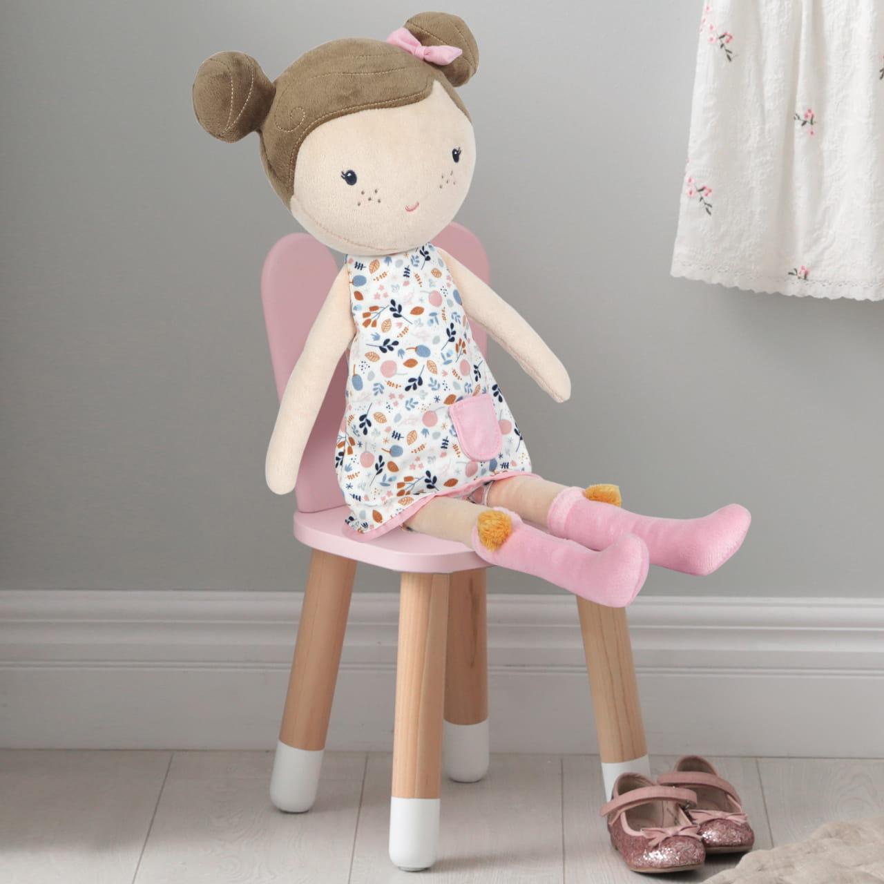 Pluszowa lalka na prezent dla dziewczynki