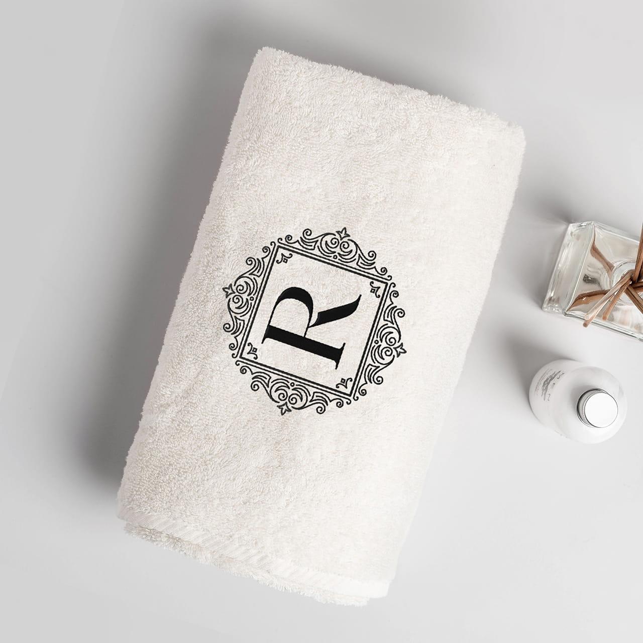 Personalizowany ręcznik na prezent dla niani na pożegnanie