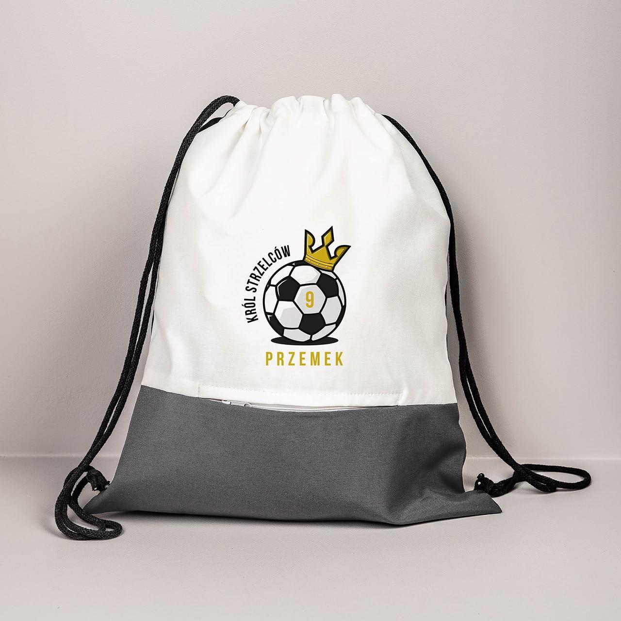 Plecak z imieniem to praktyczny prezent dla piłkarza
