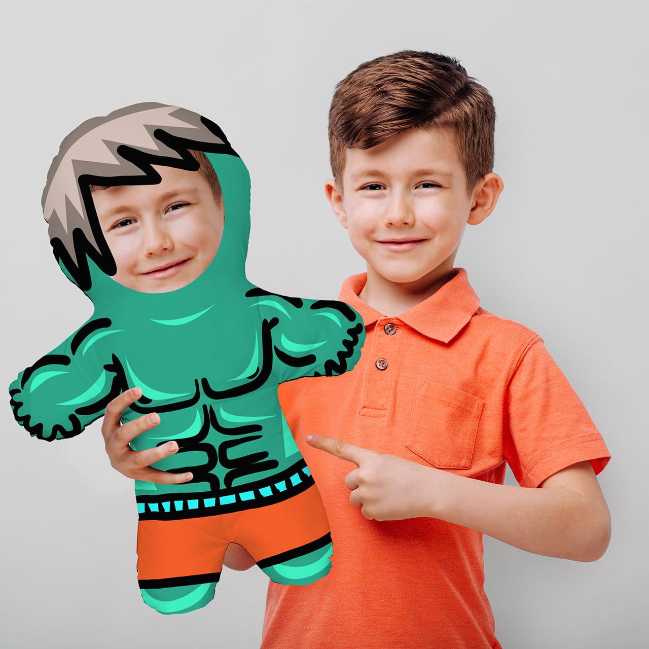 Poduszka lalka na prezent dla przedszkolaka