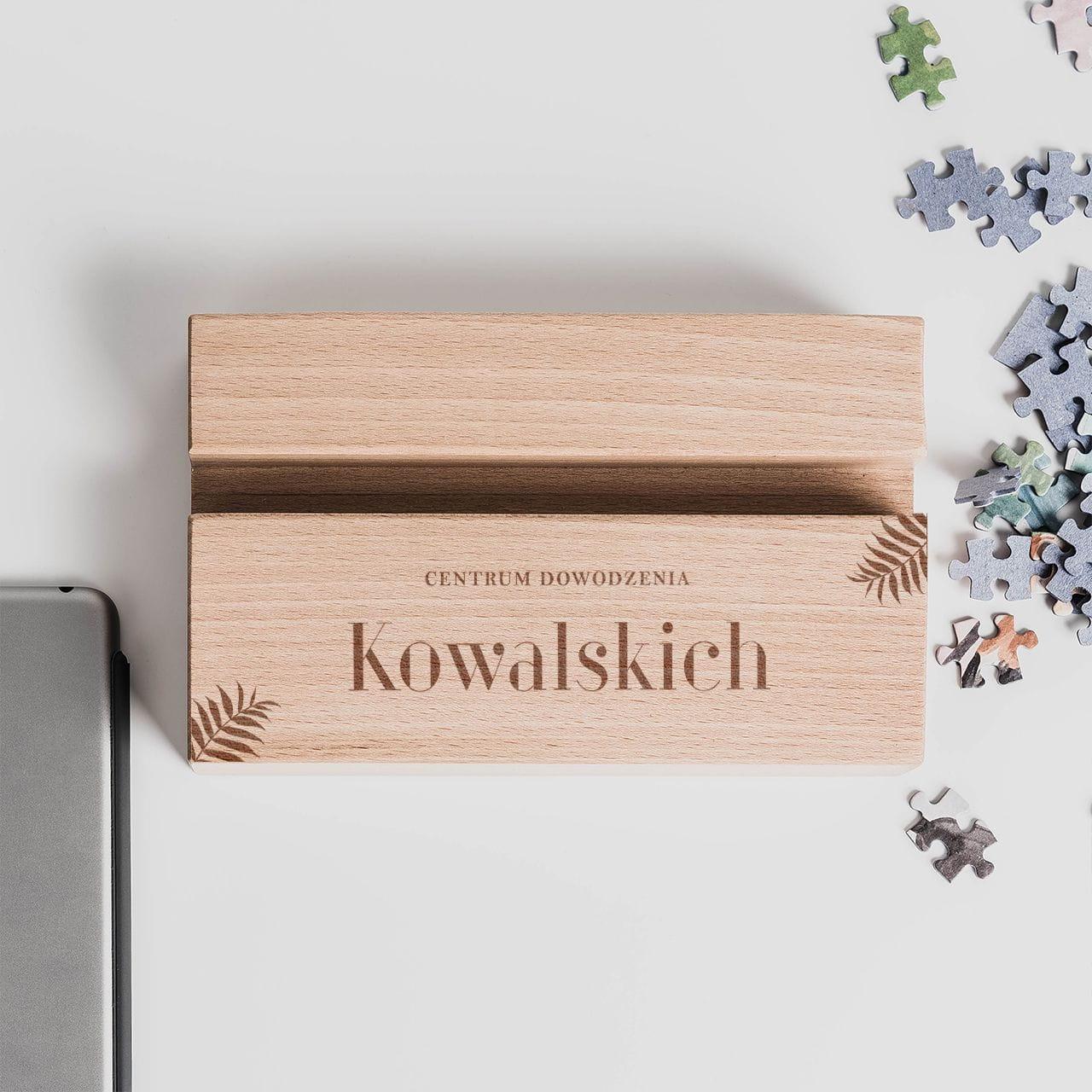 Podkładka na biurko z napisem, czyli idealny gadżet biurowy na prezent