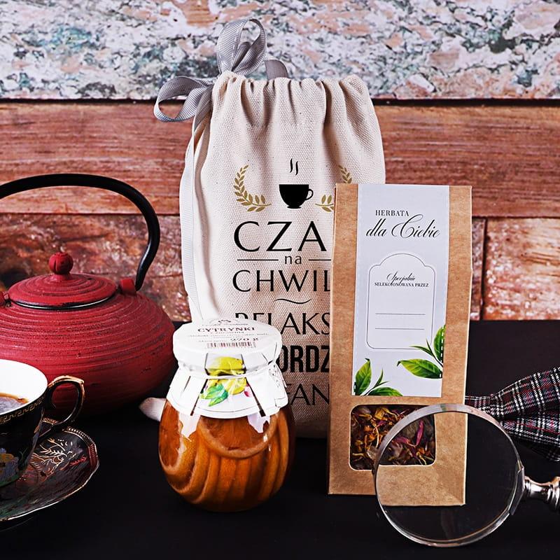 Zestaw herbaciany na prezent dla emeryta